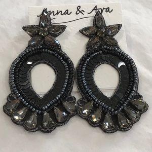 Anna & Ava Blk/Gray Sequin & Rhinestone Earrings
